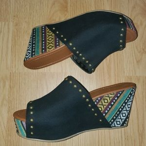"""Rampage • """"Quizzy"""" Black & Colorful Wedges"""